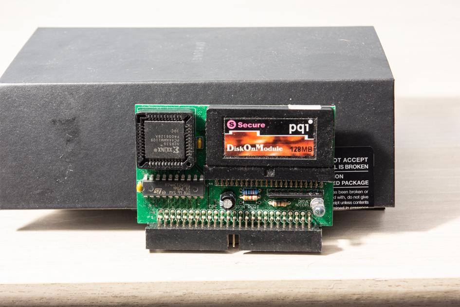La collection de Monos  CPC-X-Mass