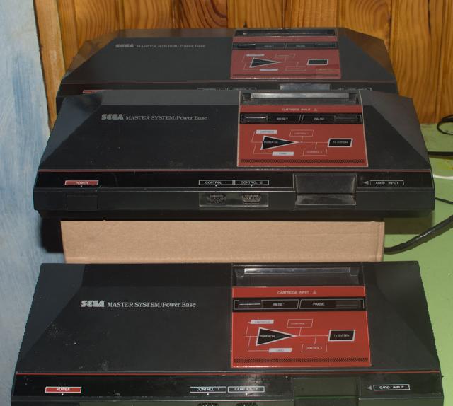 La collection de Monos  Sega_master_system_famille